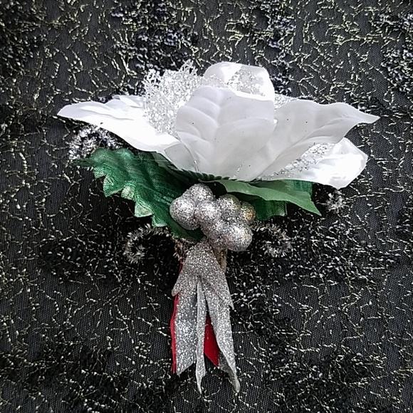 470d6e7af74 Jewelry | Christmas Corsage Christmas Brooch Christmas Pin | Poshmark